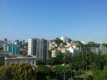Hotel no Rio, Windsor Florida, Palácio do Catete Visto da Piscina - Nathalia Molina www.comoviaja.com.br