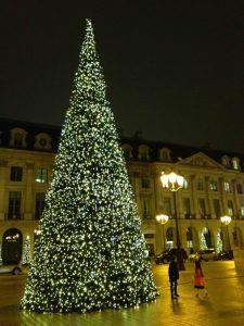 Paris, França, Place Vendome, Natal - Foto Nathalia Molina @ComoViaja (3)