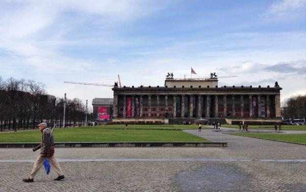 Altes Museum Berlim Museu Ilha Museumsinsel Viagem Alemanha - Foto Nathalia Molina @ComoViaja