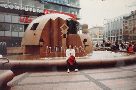 Berlim 1992 Viagem Alemanha Europa Center - Foto Nathalia Molina @ComoViaja