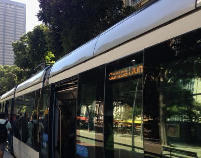 Embarque no VLT Rio de Janeiro Transporte - Foto Nathalia Molina @ComoViaja