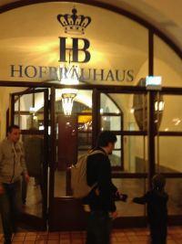 hofbrauhaus-em-munique-na-alemanha-viagem-em-familia-foto-nathalia-molina-comoviaja