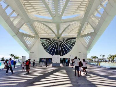 museu-do-amanha-sem-fila-passeio-no-rio-de-janeiro-foto-nathalia-molina-comoviaja