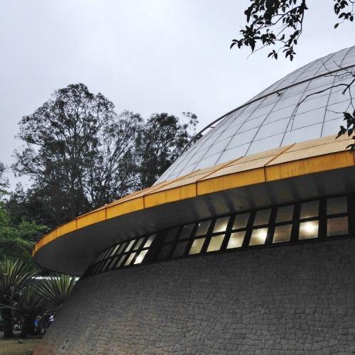 planetario-do-ibirapuera-em-sao-paulo-foto-nathalia-molina-comoviaja