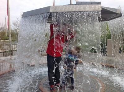 Playmobil FunPark Alemanha Parque Crianca Nuremberg Agua - Foto Nathalia Molina @ComoViaja (2) (800x598)
