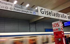 transporte-em-munique-metro-como-chegar-ao-englischer-garten-em-munque-alemanha-foto-nathalia-molina-comoviaja