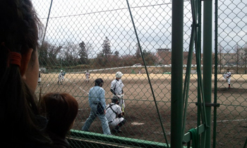高岡工芸高校での高校野球の試合