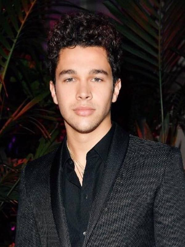 Compare Shawn Mendes Height Weight With Other Celebs