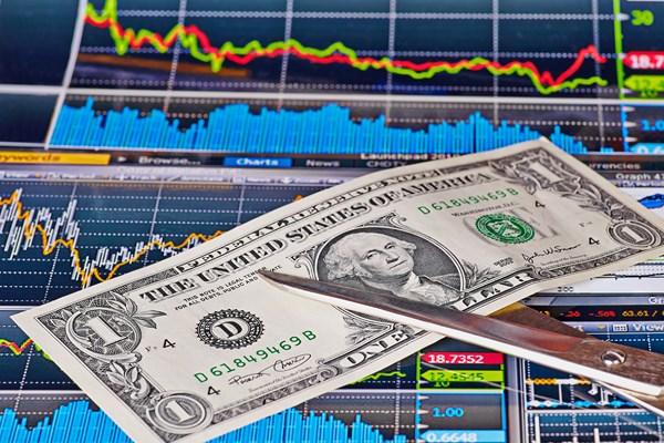 Citi: Banki centralne potrzebują ok. 70 mld USD
