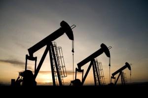 Ropa liczy na porozumienie OPEC wchodzące w życie 1 stycznia 2017r.