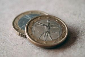 Kursy walut. Euro w 12 miesięcy przetestuje szczyty z 2014 roku, uważa ING