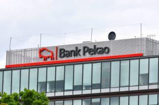 Bank Pekao powoli odrabia straty. Kurs w układzie bocznym