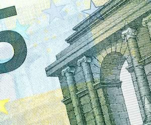 Kurs EUR/USD w odwrocie - czas na większą korektę spadkową?