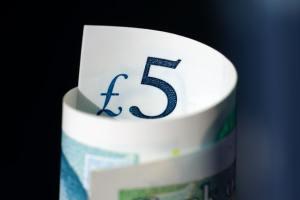 Kurs funta GBP raczej nie ucierpi na wyborach w Szkocji, uważa ING