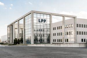 LPP planuje wzrost pow. handl. o 20% r/r, capex na 1,1 mld zł w r.fin. 2021/2022