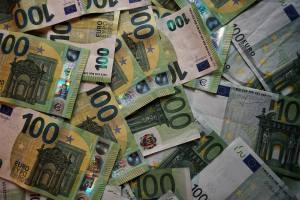 Kurs eurodolara (EUR/USD) oscyluje wokół 1,1780 i nie wykazuje istotniejszych zmian