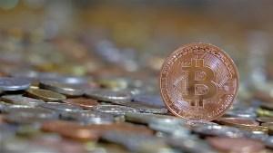 Bitcoin BTC może zyskać na odrzuceniu płatności przez Tesla. Tom Lee prognozuje poziom 125 000 USD do końca roku