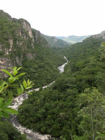 Rio Preto. Com elevado nível de água