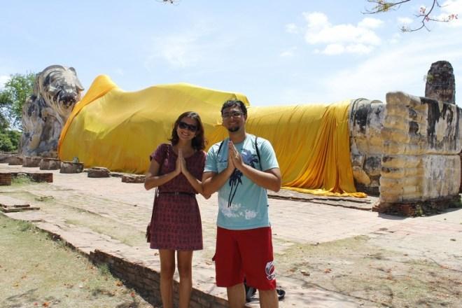 Buda deitado de Ayutthaya, famoso cenário do game Street Fighter
