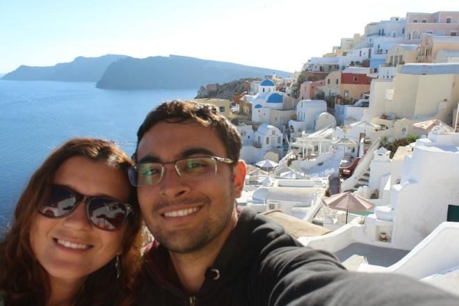 Em Oia, cenário mais famoso de Santorini