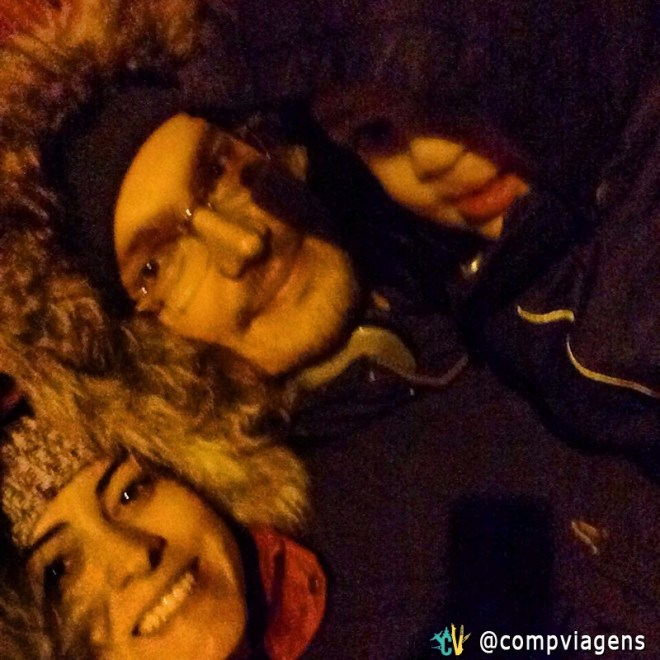 Patrícia, o marido e o filho mais velho no inverno da Suécia
