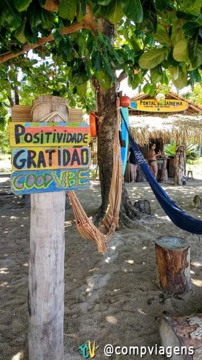 Bar na Praia de Bainema