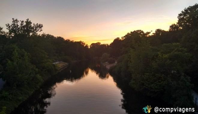 Pôr do sol no Tiergarten