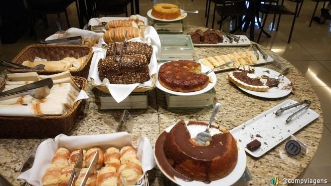 Parte do café da manhã do hotel