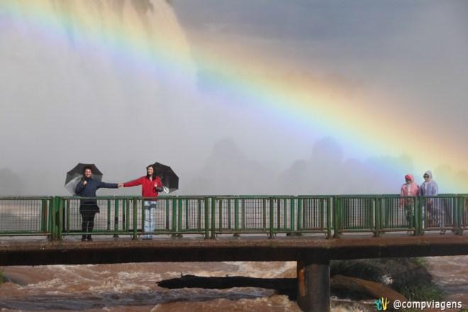 Com Julie, nas Cataratas do Iguaçu, lado brasileiro