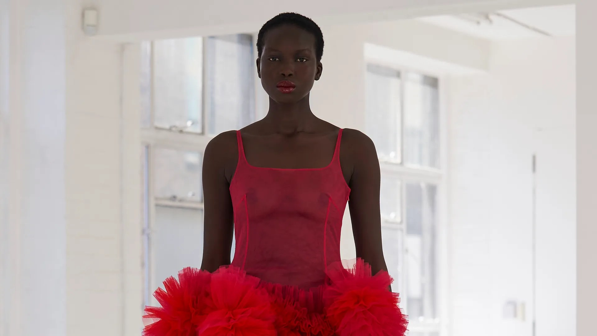 Photo of Fashion Week 2020: a Londra tulle e colori per Molly Goddard