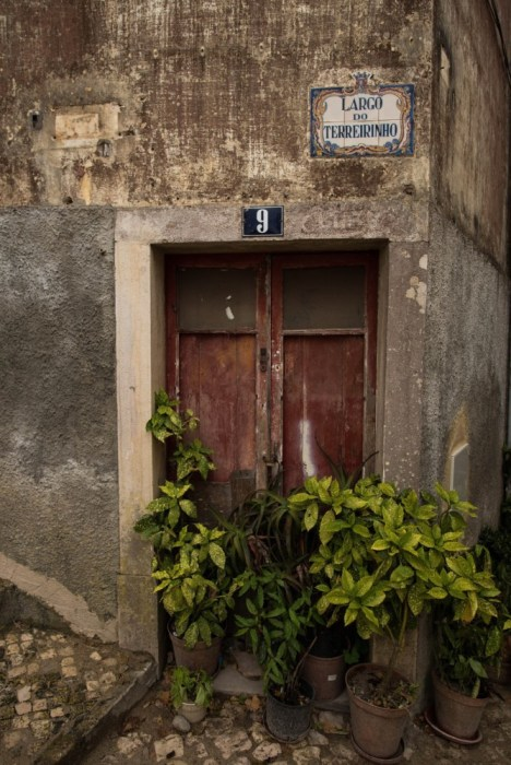 Lisbon doorway