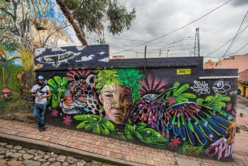 street art tour in Bogota
