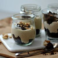 peanut butter mousse with brownie200 1