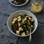 Arroz selvagem com algas tostadas e tofu