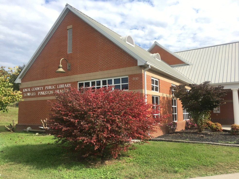 The Howard Pinkston branch of the Knox County Public Library.
