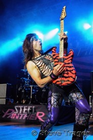 Steel Panther 02