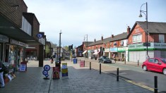 Stockport_Road,_Romiley