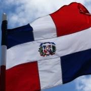 BARAHONA: La Bandera de la República Dominicana