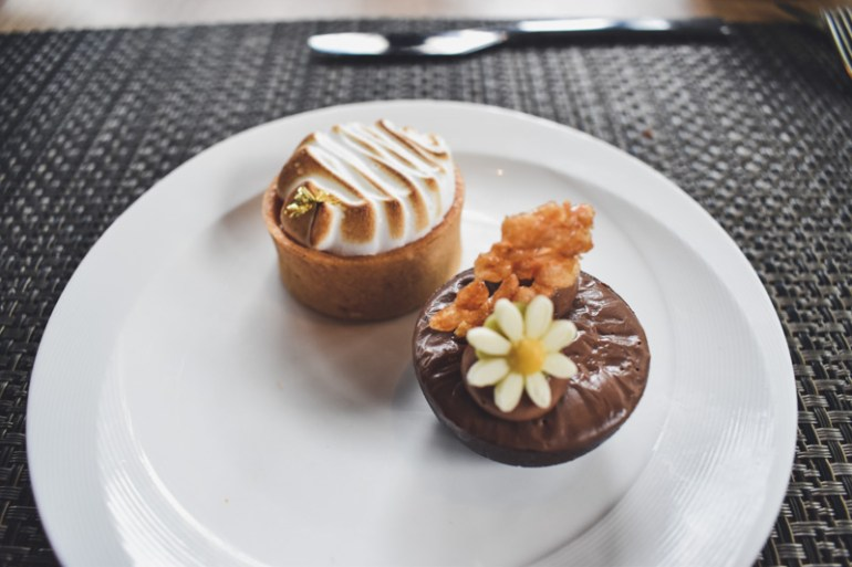 parkroyal-hotel-pickering-singapore-chocolate-peanut-butter-cup