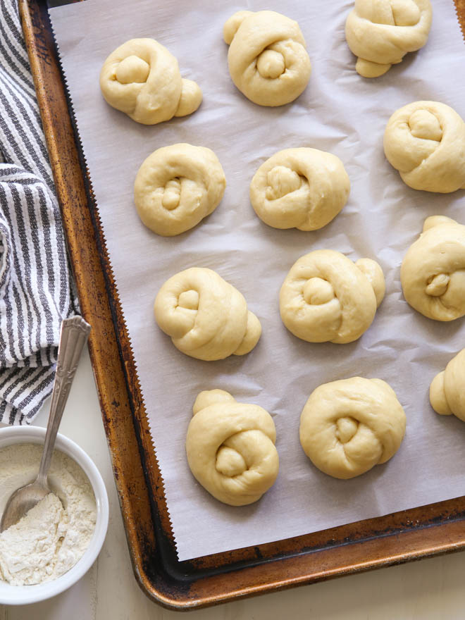 Challah Rolls | completelydelicious.com