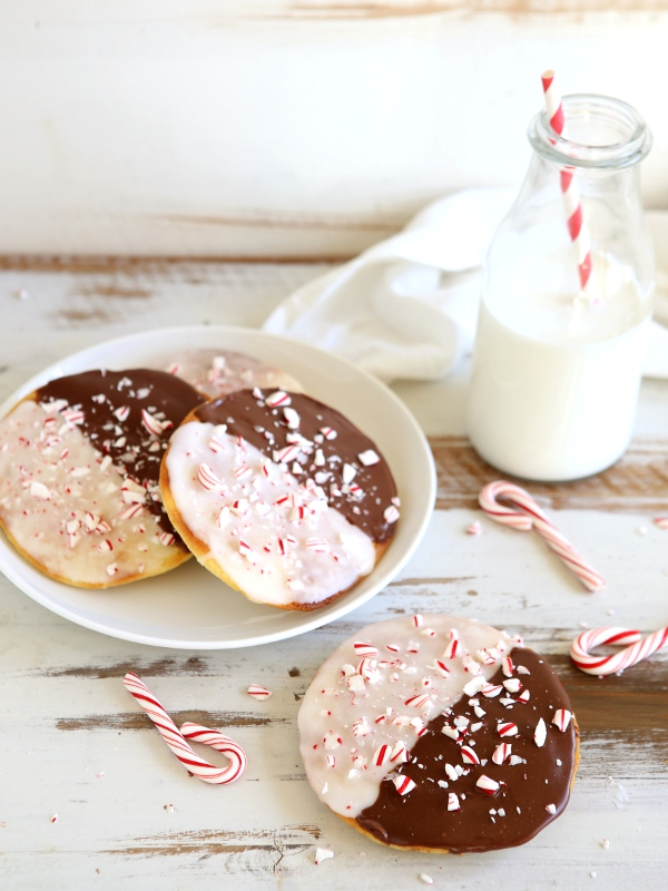 Peppermint Black & White Cookies   completelydelicious.com