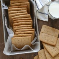 Homemade Honey Graham Cracker | completelydelicious.com