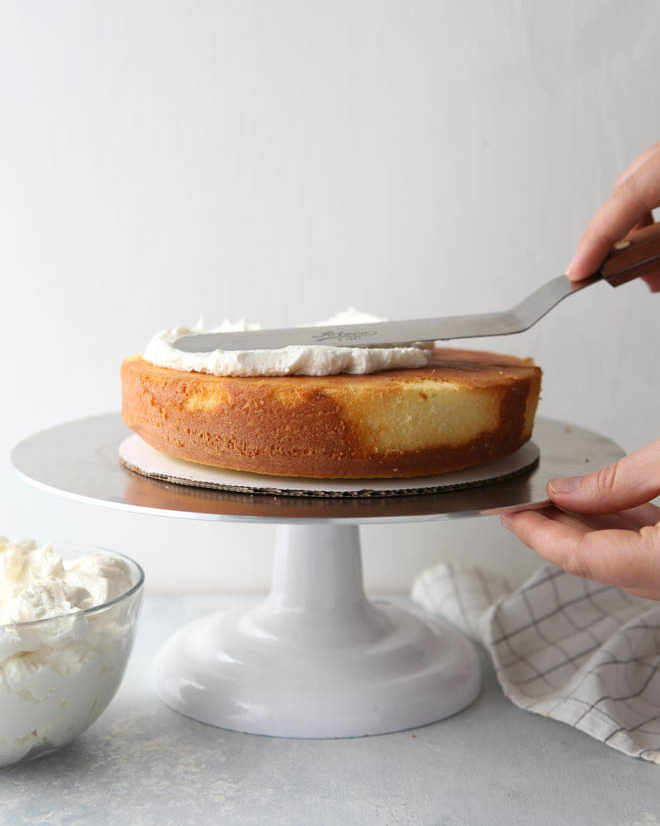 How to build a layer cake