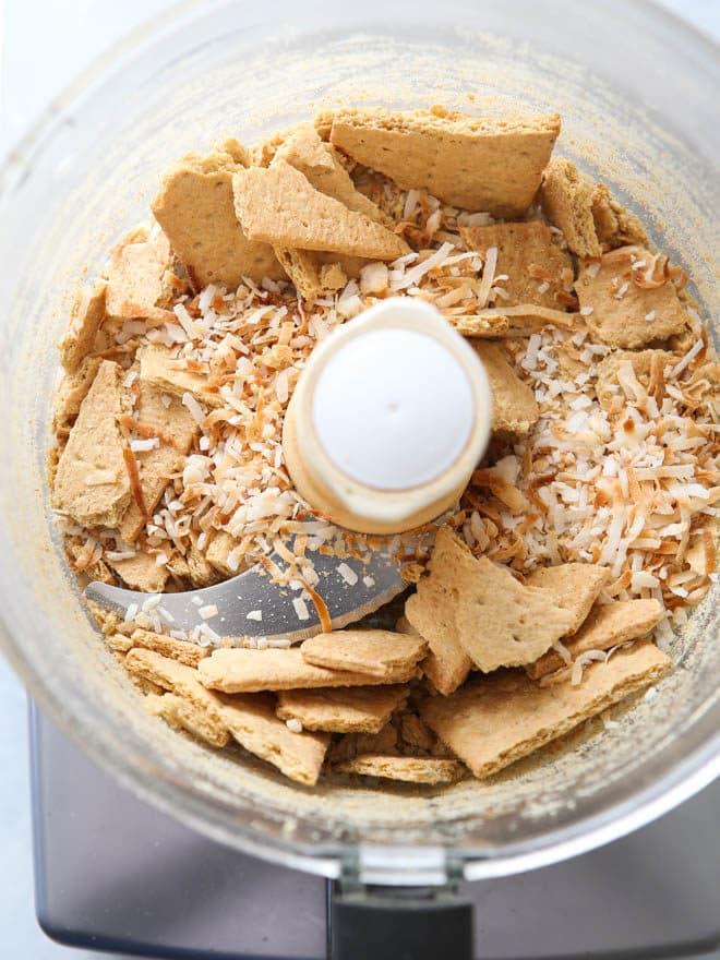 making coconut graham cracker crust