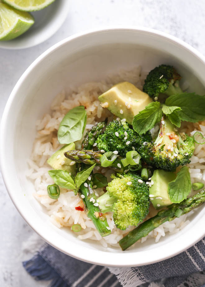 Light, healthy and flavorful coconut veggie rice bowls