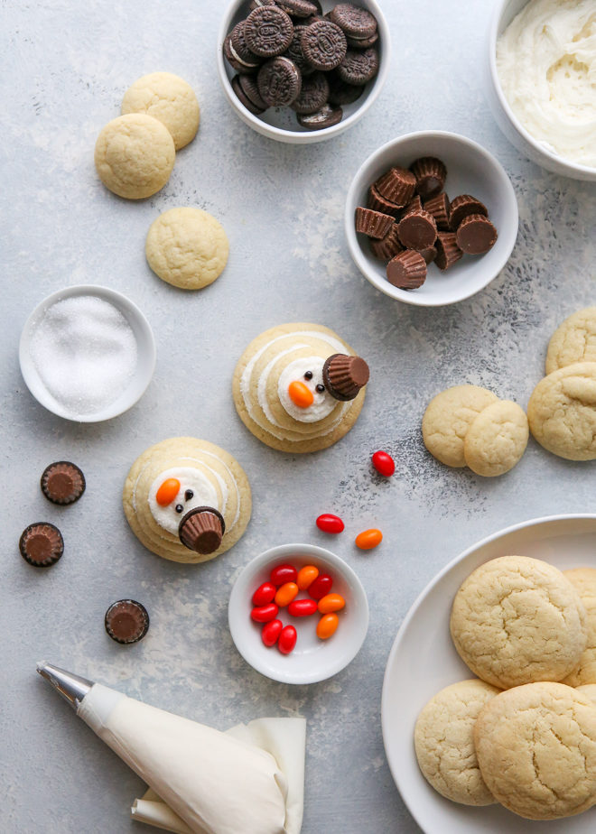 Making snowman sugar cookies