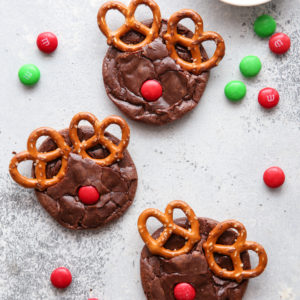 Make these fun rudolf brownie cookies this holiday season!