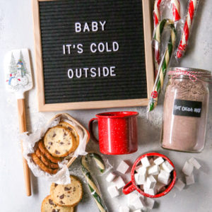 DIY hot cocoa gift basket with homemade hot cocoa mix