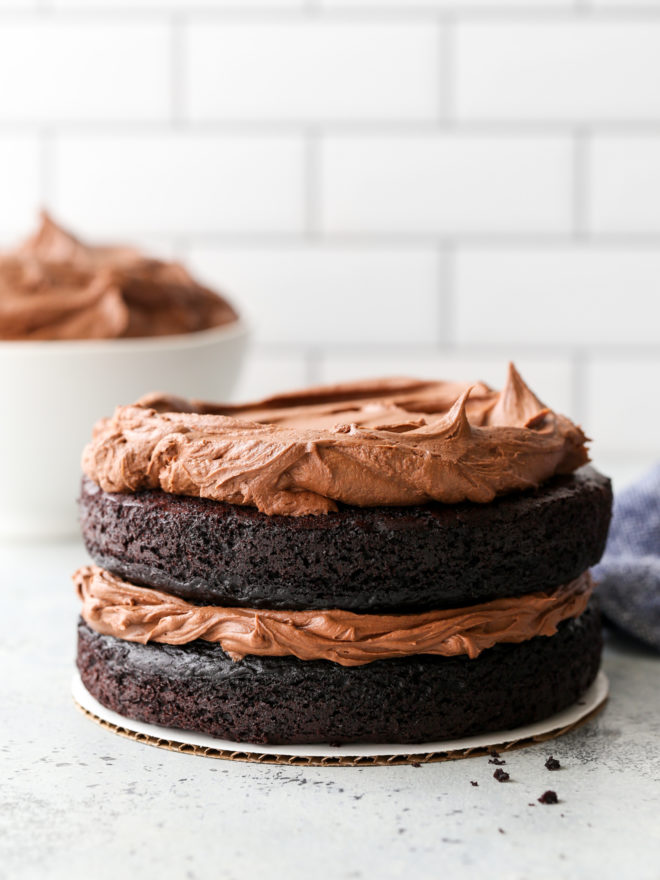 chocolate cake with easy fudge buttercream