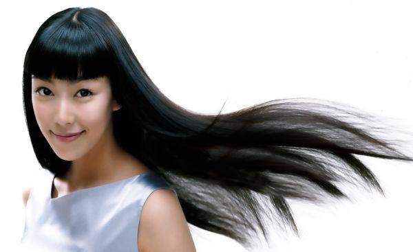 湿気で髪がめちゃくちゃにならないための5つの予防策